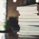 Como organizar os livros em casa